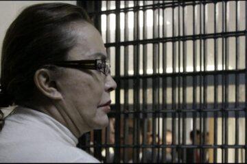 Dejan libre a Elba Esther Gordillo