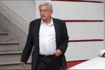 """Reitera AMLO que no dará """"línea"""" a los legisladores"""