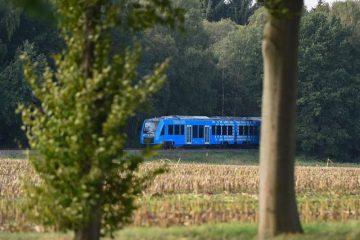 Alemania pone en marcha el primer tren eléctrico impulsado con celdas de hidrógeno